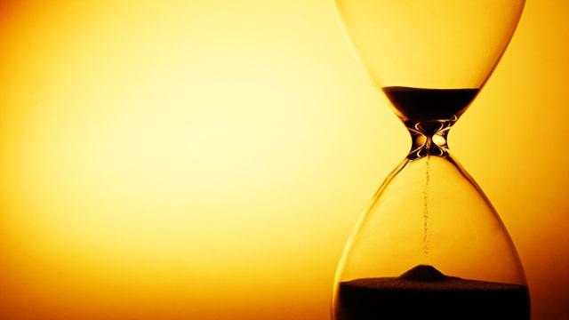 hourglass-mortal