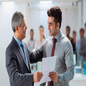 برخورد با رئیس در محیط کار