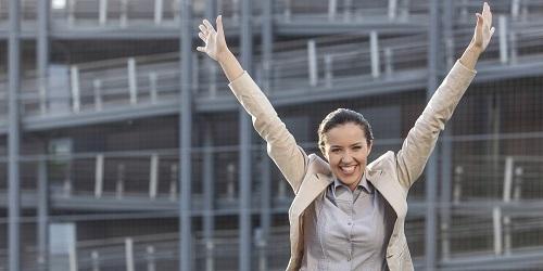 10 راهی که قانون جذب می تواند به شما کمک کند تا زندگی تان را بهبود دهید.