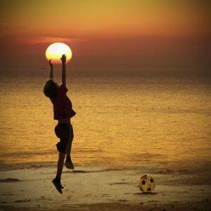 9 روش از قانون جذب که می تواند زندگی شما را بهبود ببخشد.